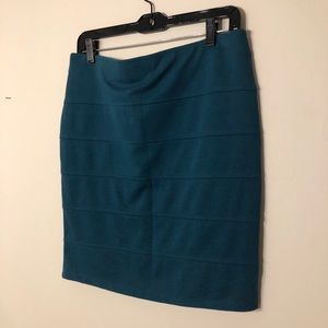Forever 21 ribbed body con teal skirt, size large
